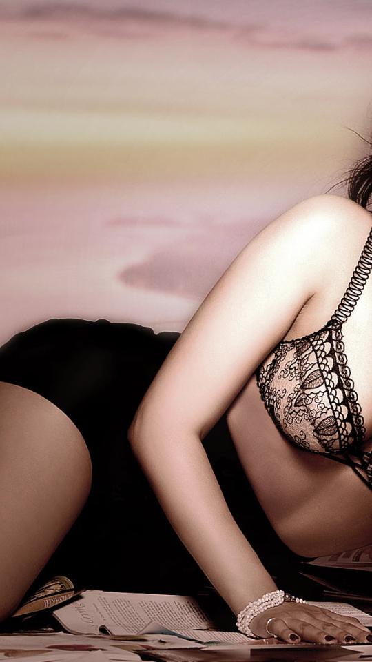 neeru bajwa sexy cleavage photoshoot full hd wallpaper