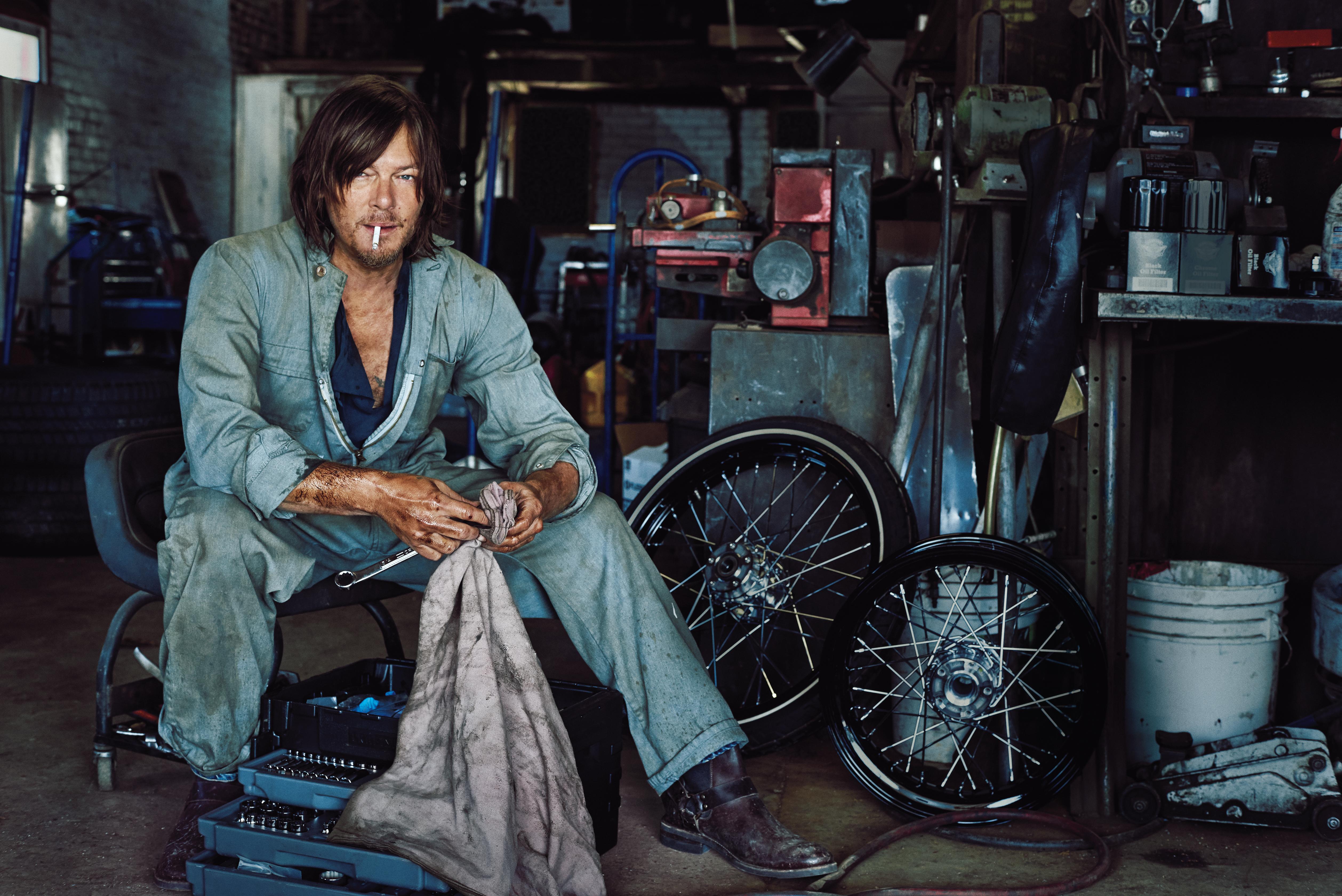 Norman Reedus Actor Garage HD 4K Wallpaper