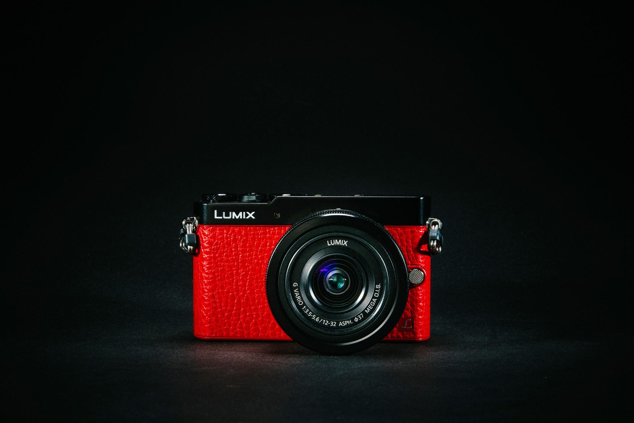 Фотоаппарат хайтек Panasonic Lumix без смс