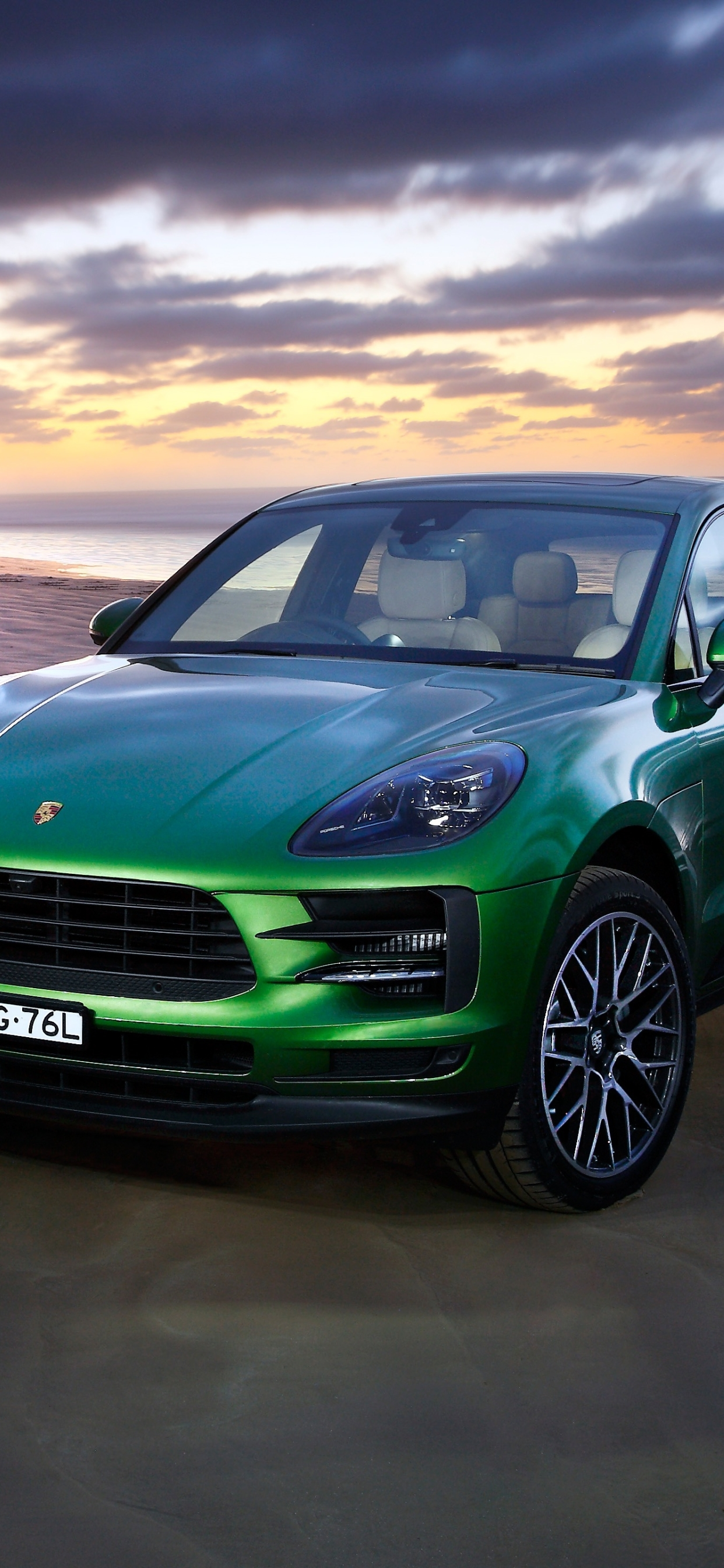 1242x2688 Porsche Macan S Iphone Xs Max Wallpaper Hd Cars