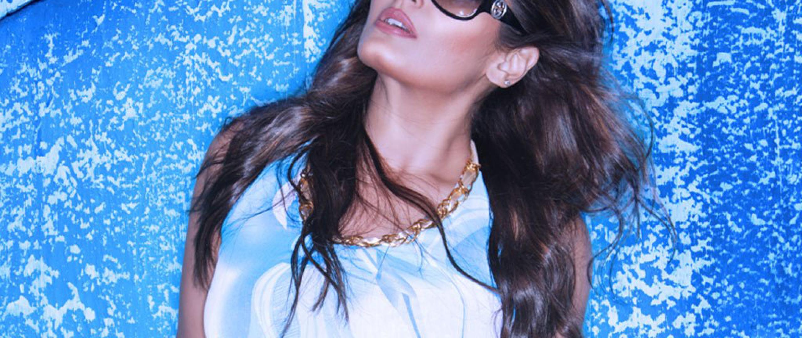 Raveena Tandon Hot In White Photoshoot, HD Wallpaper