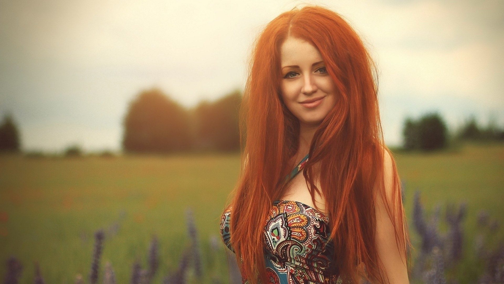 Download Redhead, Girl, Smile 950x1534 Resolution, Full HD