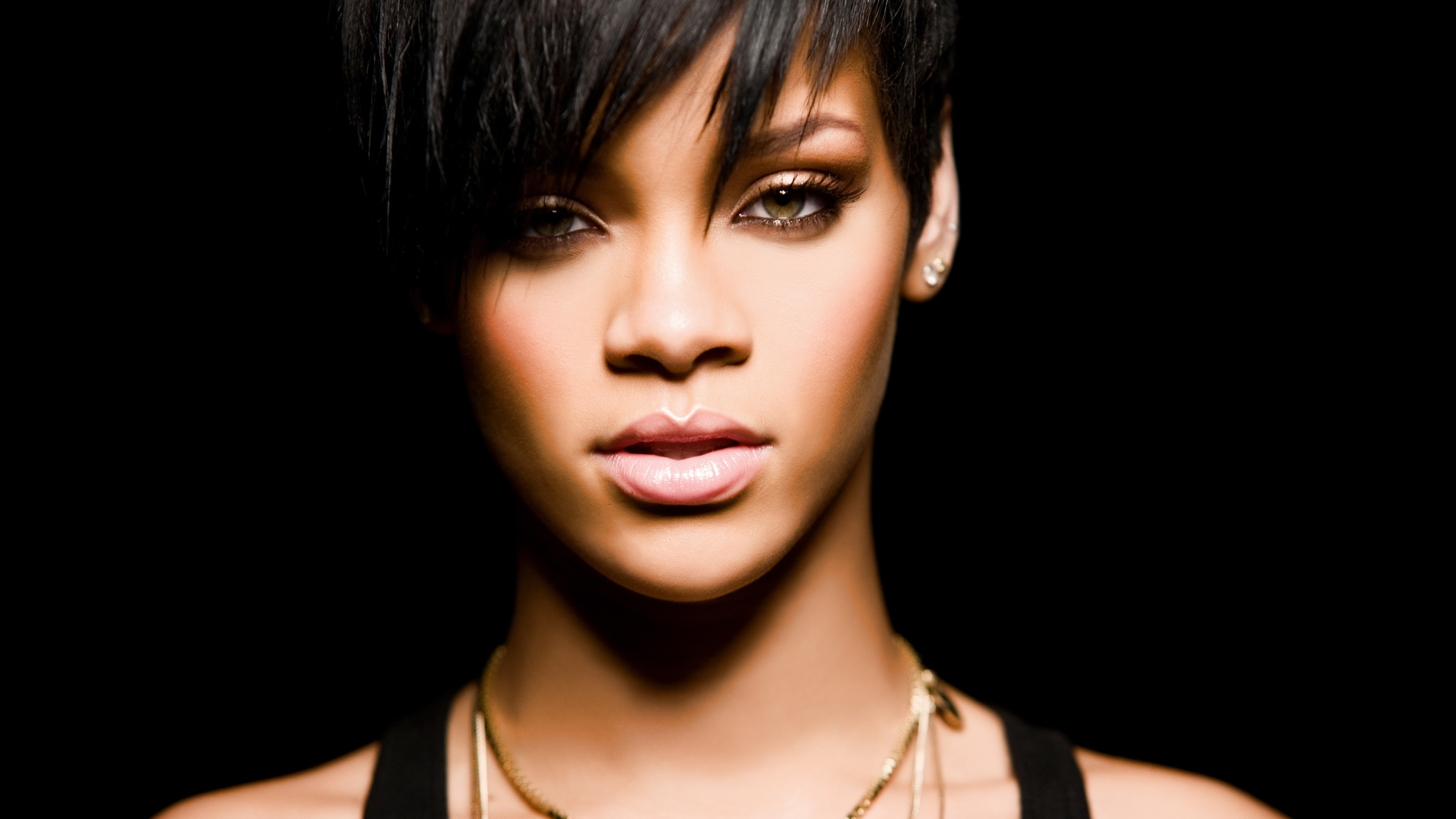 3840x2160 Rihanna Short Hair Wallpapers 4k Wallpaper Hd Celebrities 4k Wallpapers Images Photos And Background