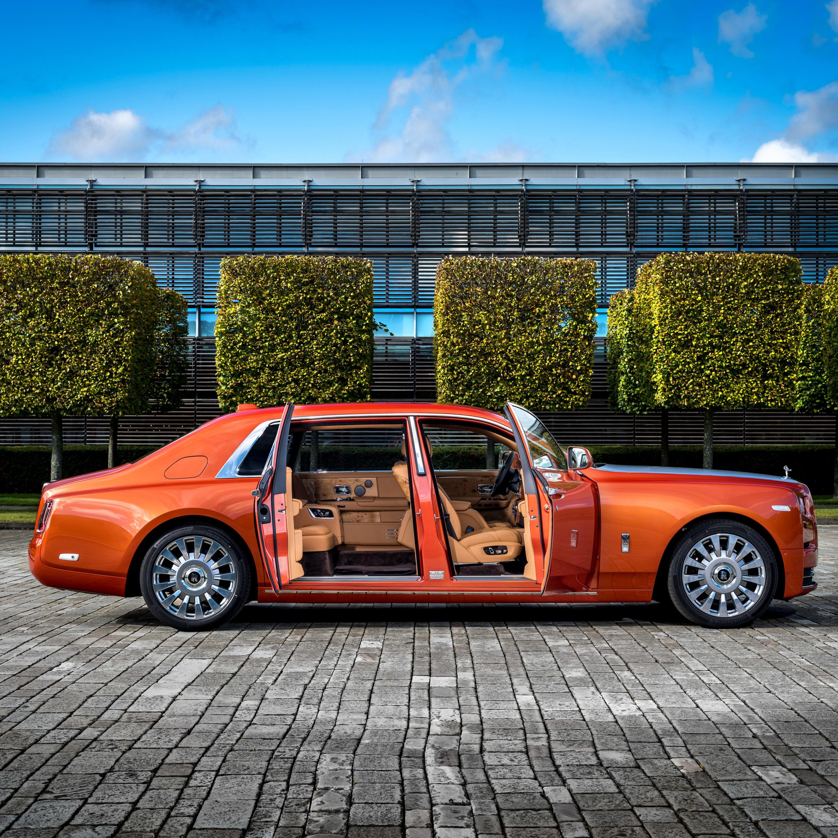 Download Rolls Royce Phantom Ewb 2017 1080x1920 Resolution