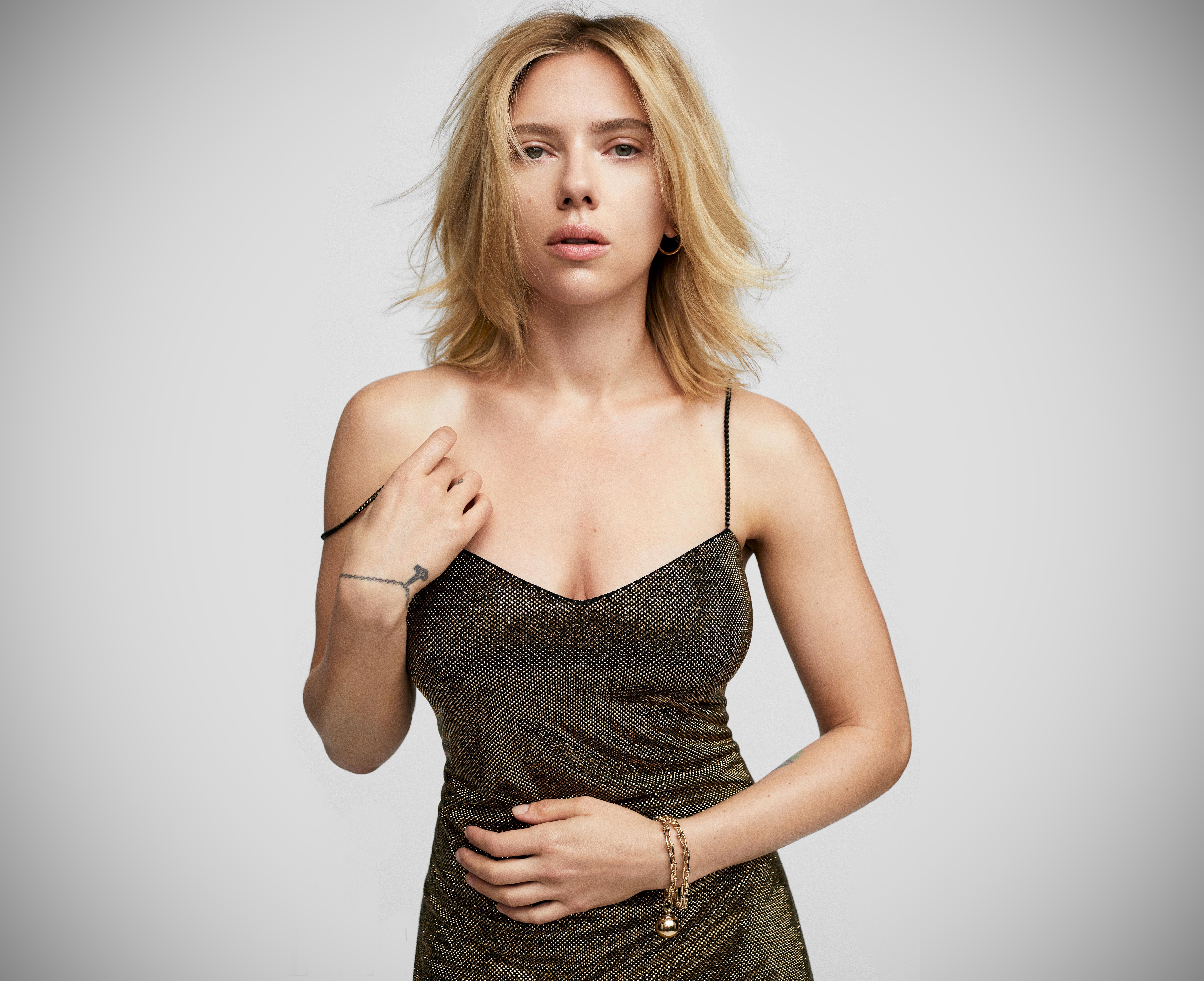 Celebrity HD Wallpapers: Scarlett Johansson Lovely HD