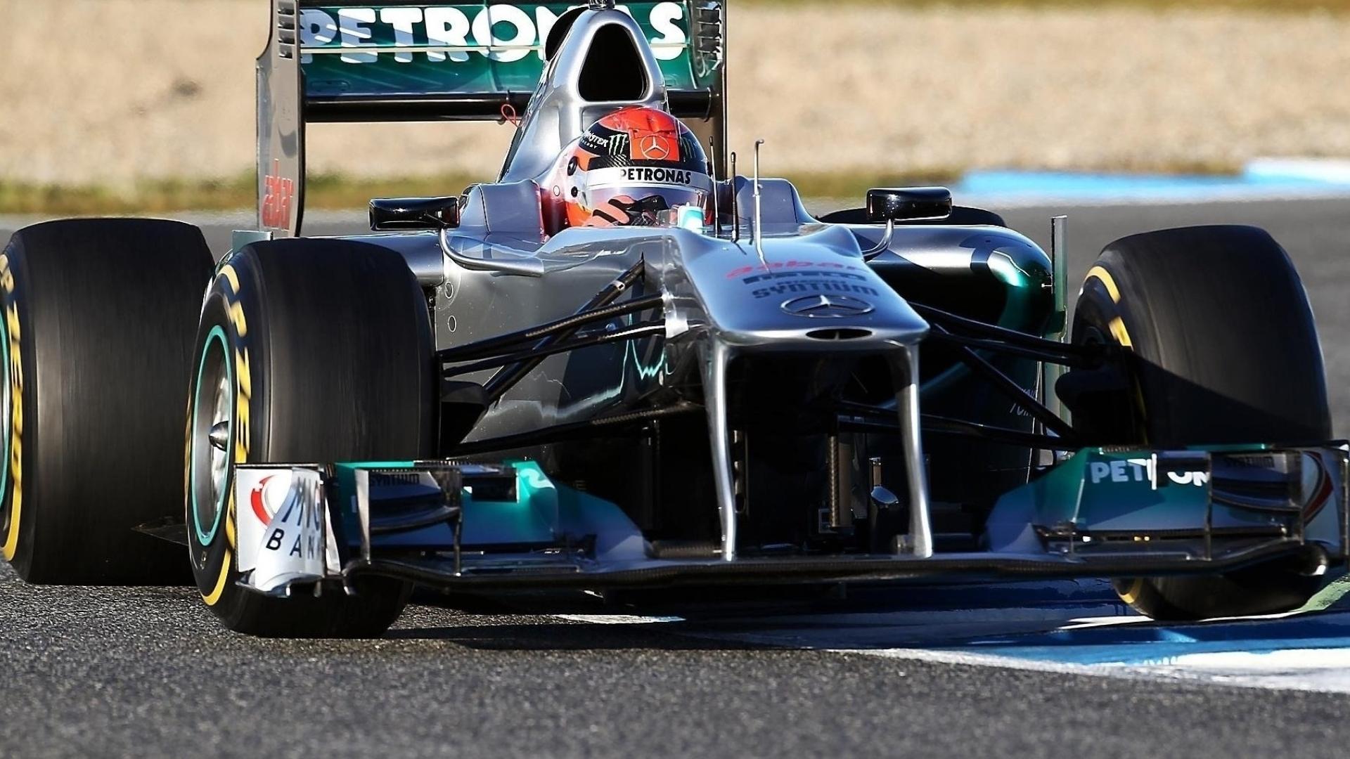Schumacher Mercedes F1 Full Hd Wallpaper