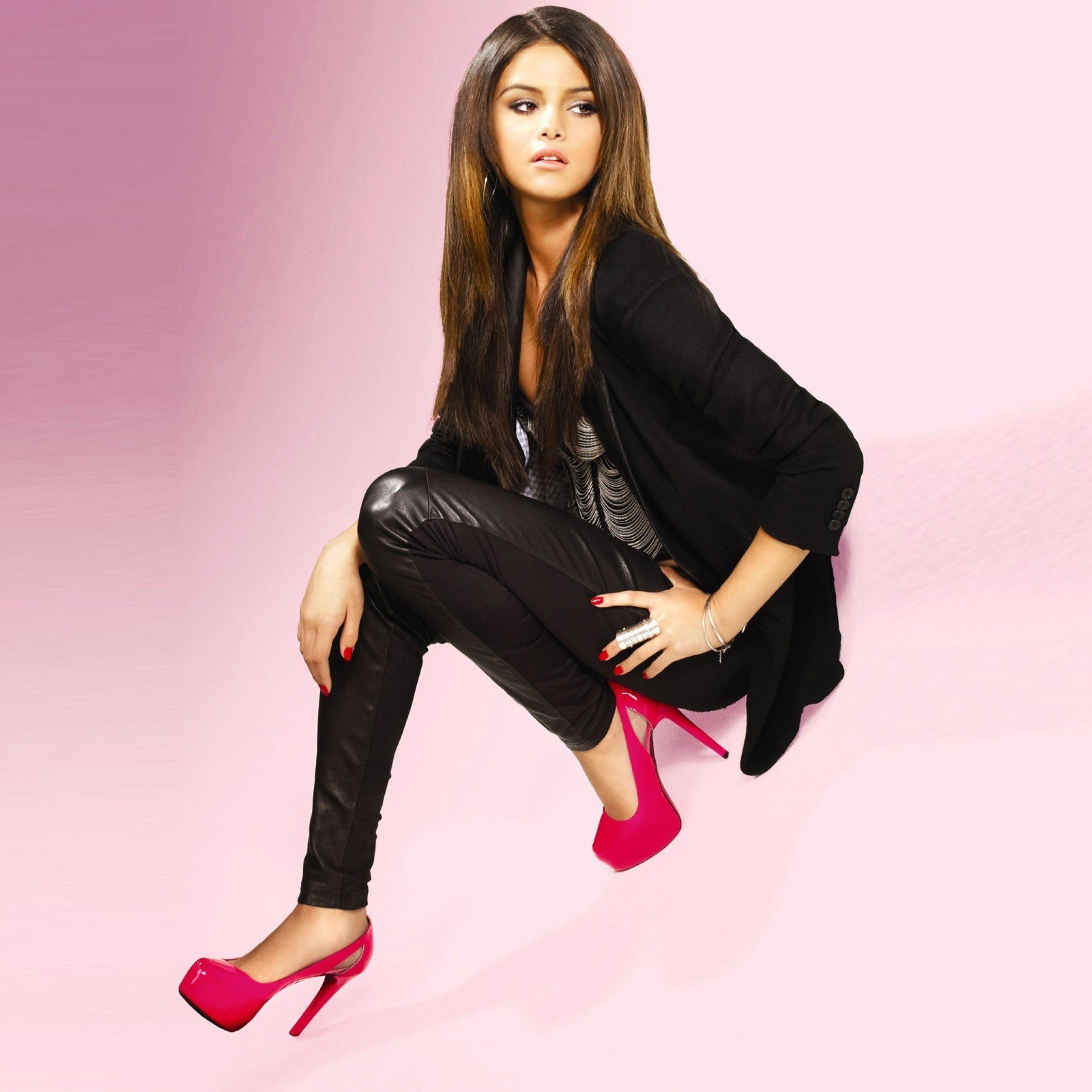 selena gomez high heels photoshoot full hd 2k wallpaper