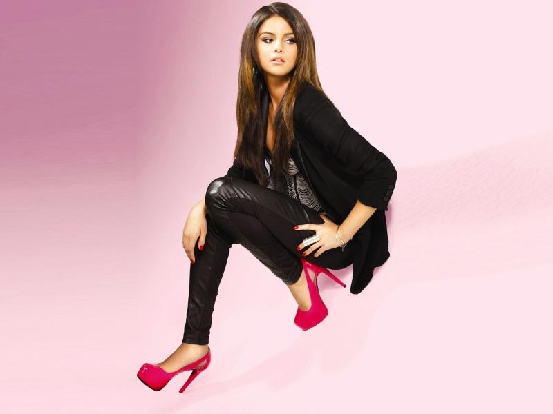 Selena Gomez High Heels Photoshoot, Full HD 2K Wallpaper