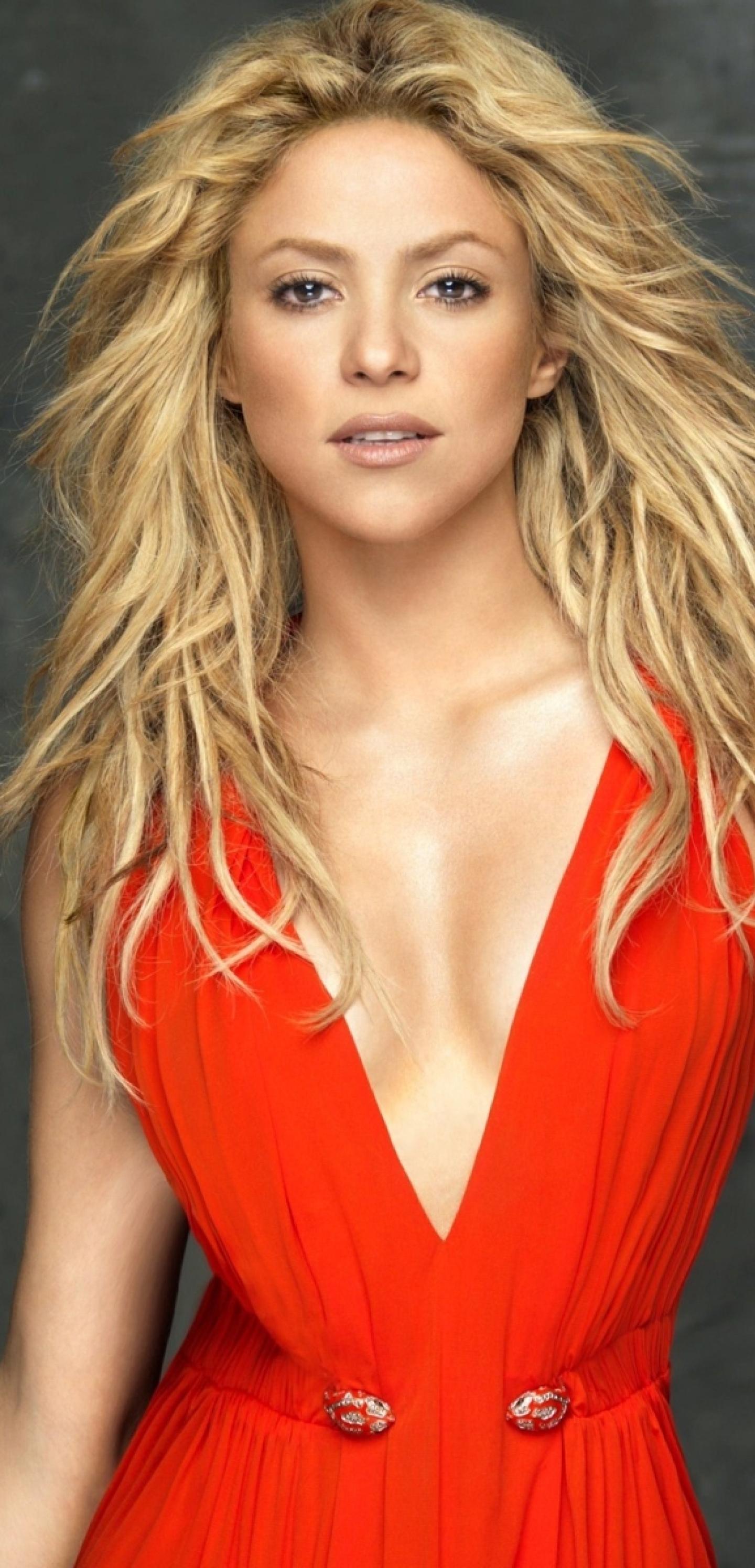 1440x2992 Shakira Hot Red Dress wallpaper 1440x2992