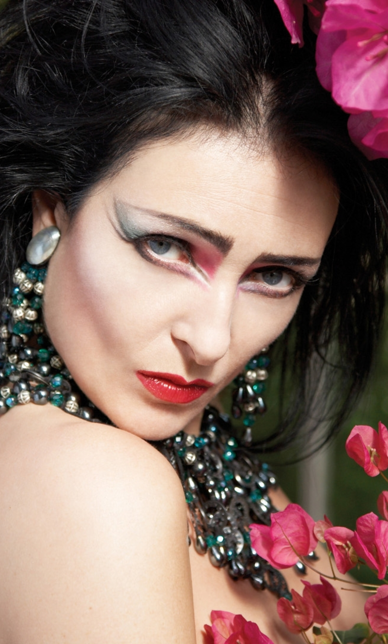 1280x2120 Siouxsie And The Banshees Girl Jewerly Iphone 6 Plus