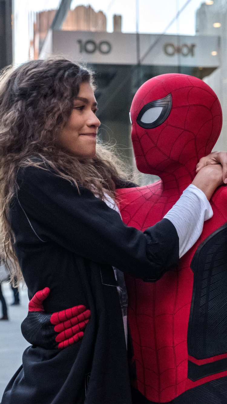 750x1334 Spider Man And Zendaya In Spider Man Far From Home
