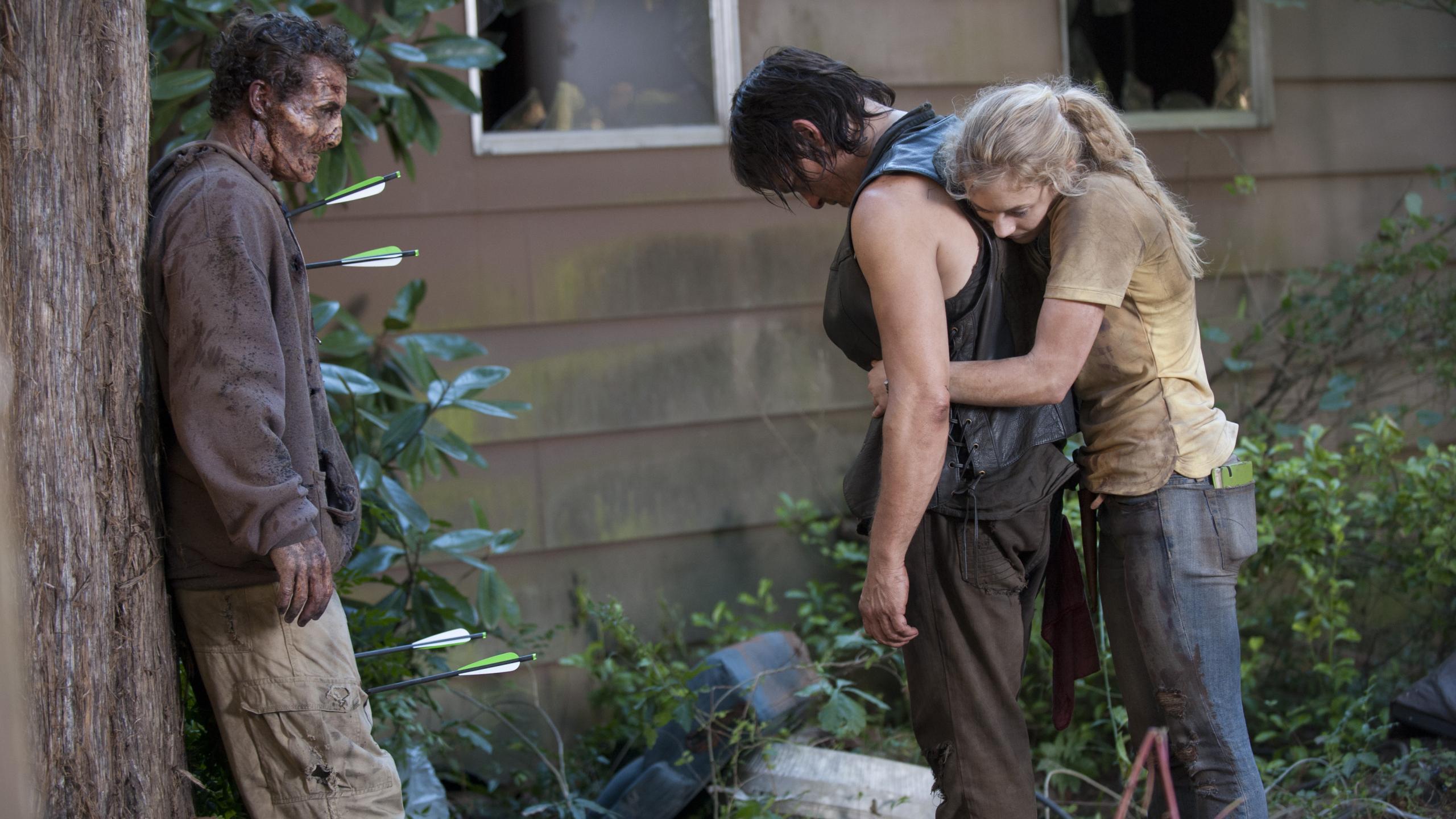 2560x1440 The Walking Dead Emily Kinney Norman Reedus
