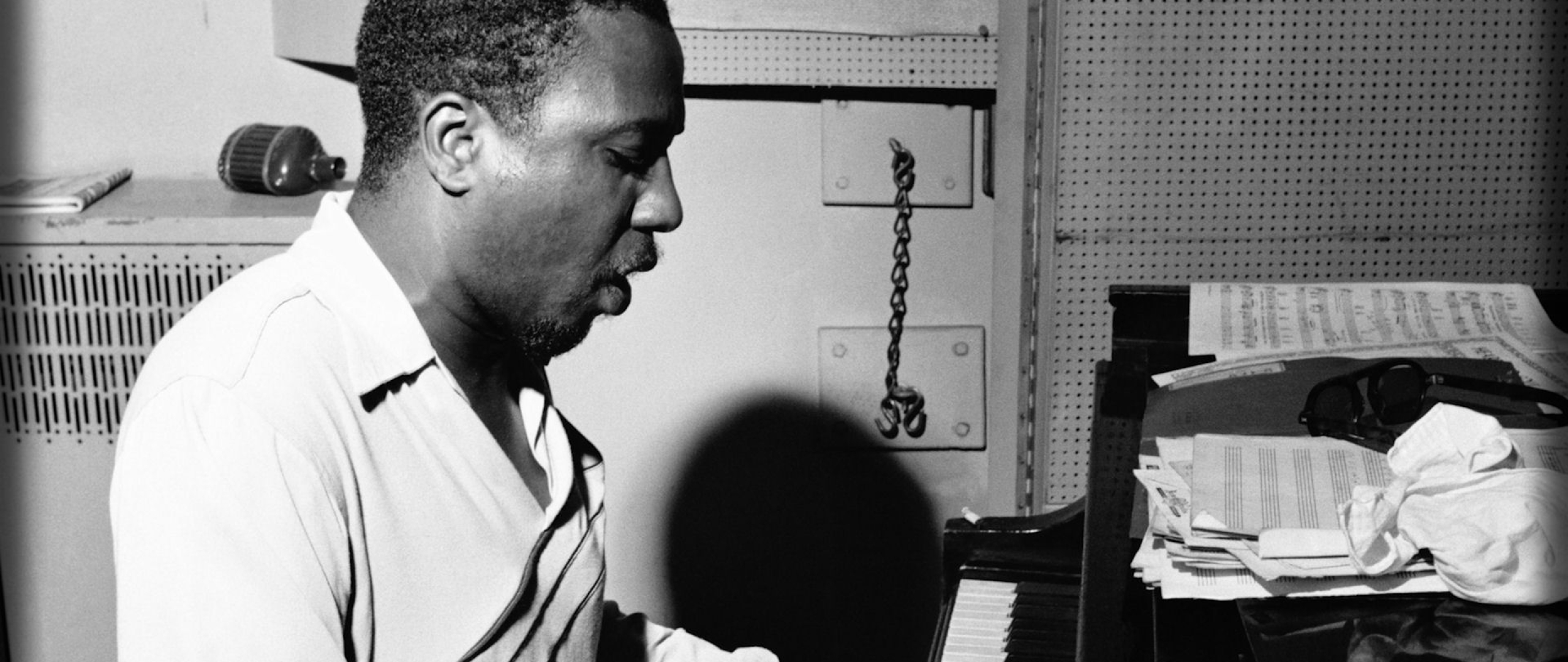 2560x1080 Thelonious Monk Piano Play 2560x1080 Resolution Wallpaper Hd Music 4k Wallpapers Images Photos And Background