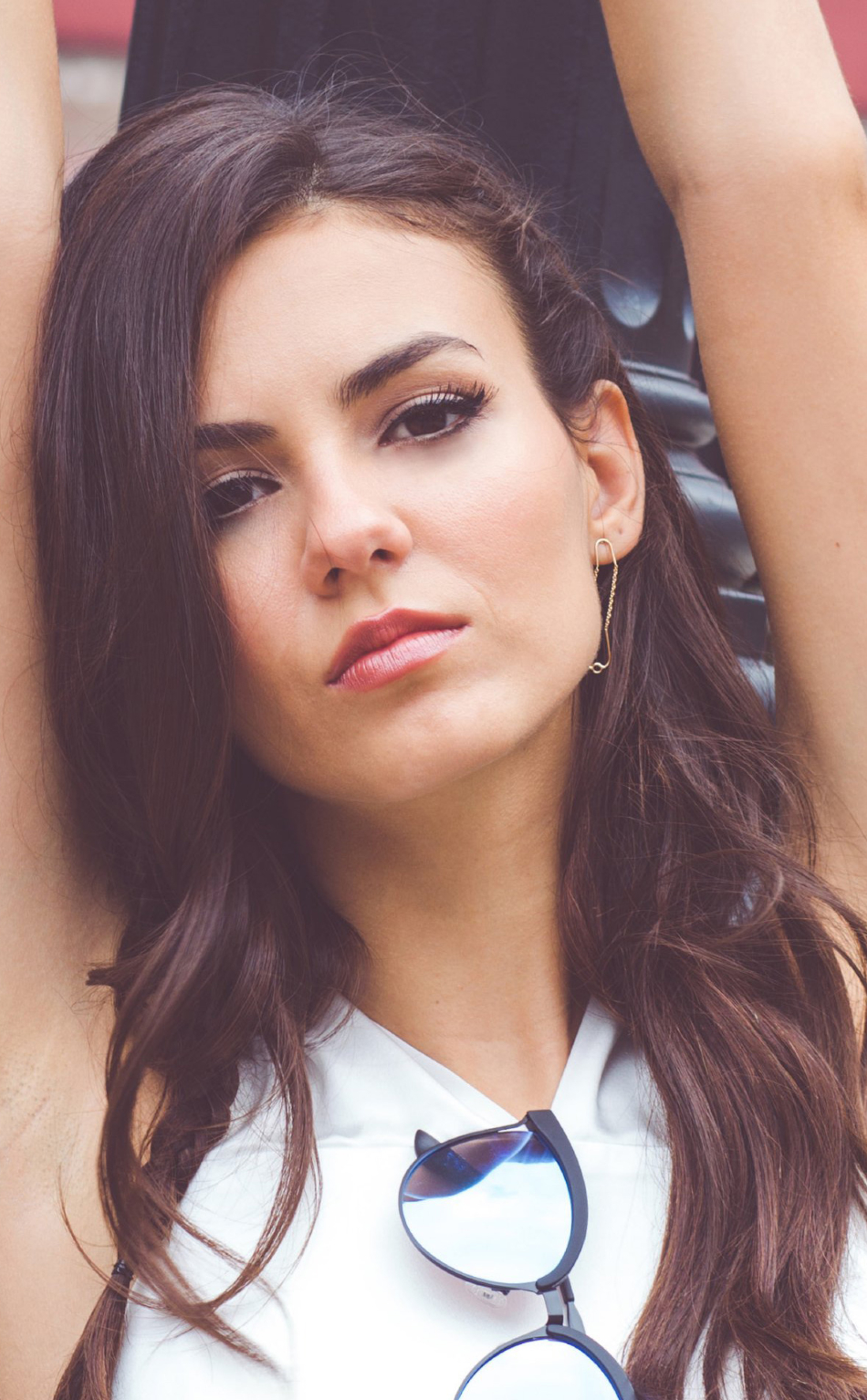 Download Victoria Justice 2017 Photoshoot 950x1534 Resolution Full