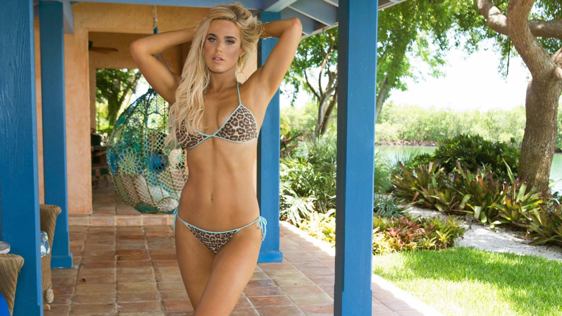 Wwe lana in bikini full hd wallpaper - Hd bikini wallpaper download ...