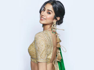 2019 Janhvi Kapoor wallpaper