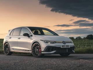 2021 Volkswagen Golf GTI Clubsport 45 wallpaper