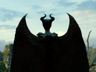 4k Maleficent 2 wallpaper