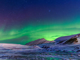 5K Aurora Borealis wallpaper