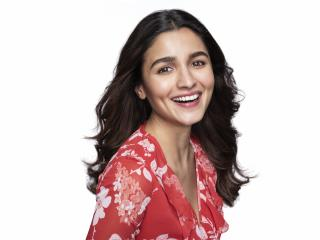 Actress Alia Bhatt Smile 8K wallpaper