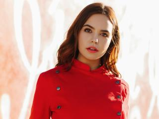 Actress Bailee Madison In Red Dress wallpaper