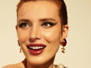 Actress Bella Thorne Beautiful Face wallpaper