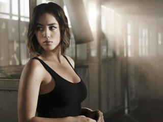 Actress Chloe Bennet 2018 wallpaper