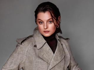 Actress Emma Corrin 2020 wallpaper