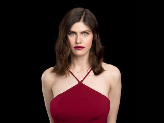 Alexandra Daddario AOL 2018 Portrait wallpaper