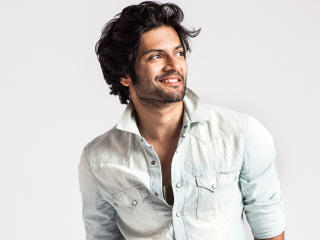Ali Fazal In White Shirts Photos wallpaper