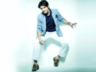 Ali Zafar In Dashing Look Pics wallpaper