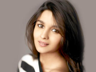 Alia Bhatt Closeup Photos wallpaper