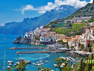 Amalfi Italy wallpaper