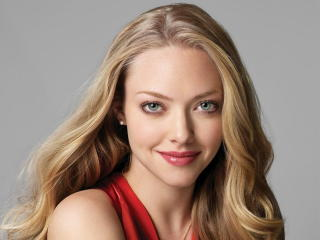 Amanda Seyfried Beautiful Wallpaper wallpaper