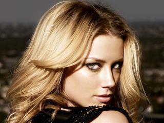 Amber Heard Close Up Photos wallpaper