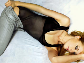 Amber Heard hot pose wallpaper wallpaper