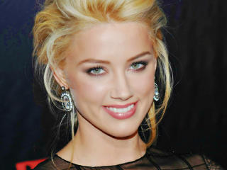 Amber Heard Lovely Photos wallpaper