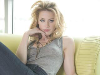 Amber Heard Pretty Hd Imagess wallpaper