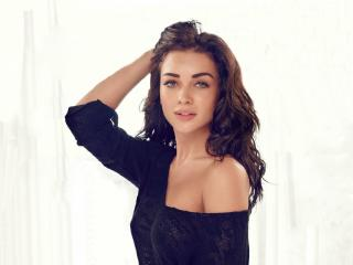 Amy Jackson Sexy Images wallpaper