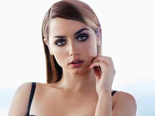 Ana De Armas Face Portrait 2017 wallpaper