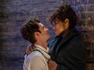 Andrew Garfield and Vanessa Hudgens in Tick, Tick...BOOM! wallpaper
