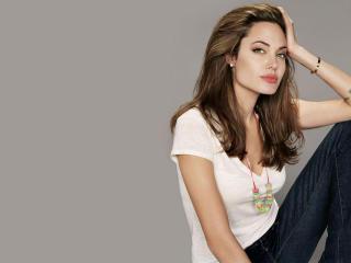 Angelina Jolie Beautiful Hd Photos wallpaper