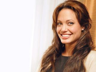Angelina Jolie Beautiful  Wallpapers wallpaper