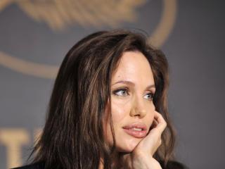 Angelina Jolie Close Up Photo wallpaper