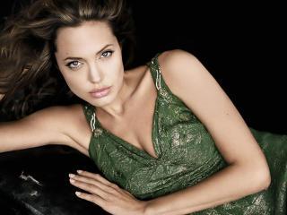Angelina Jolie Glamorous Hd Wallpapers wallpaper