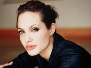 Angelina Jolie Gorgeous Face Hd Pics wallpaper