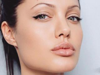 Angelina Jolie Gorgeous Face Pics wallpaper
