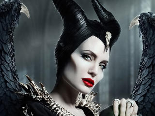Angelina Jolie in Maleficent 2 wallpaper