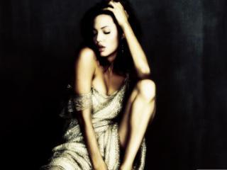 Angelina Jolie sexy wallpapers wallpaper