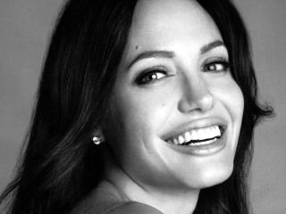 Angelina Jolie Smiling Close up wallpapers wallpaper